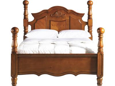 This traditionally styled queen bed is construc...