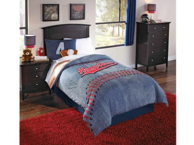 6 pc full comforter set is 100% polyester.     ...
